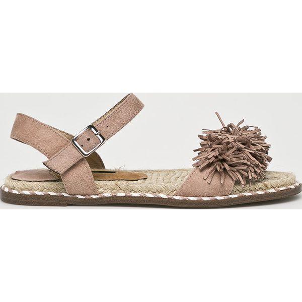 bacf0ba558190 Wyprzedaż - sandały damskie marki Corina - Kolekcja lato 2019 - Chillizet.pl