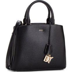 Torebka DKNY - Paige Md Satchel R81D3327 Blk/Gold BGD. Czarne torebki do ręki damskie DKNY, ze skóry. Za 1,199.00 zł.