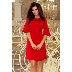217-1 neva trapezowa sukienka z rozkloszowanymi rękawkami - czerwona. Czerwone sukienki damskie NUMOCO. Za 149.00 zł.
