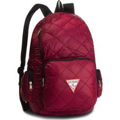 Plecak GUESS - HM6526 NYL84 BOR. Czerwone plecaki damskie Guess, z aplikacjami, z materiału, sportowe. Za 279.00 zł.