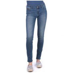 Mustang Jeansy Damskie Sissy 26/34 Niebieski. Niebieskie jeansy damskie Mustang. W wyprzedaży za 229.00 zł.