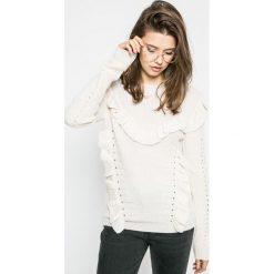Review - Sweter. Szare swetry damskie Review, z dzianiny, z okrągłym kołnierzem. W wyprzedaży za 79.90 zł.