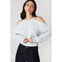 NA-KD Bluza sportowa z odkrytymi ramionami - Grey. Szare bluzy damskie NA-KD. W wyprzedaży za 70.67 zł.