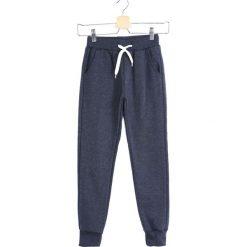 Niebieskie Spodnie Dresowe In a Whisper. Niebieskie spodnie sportowe dla chłopców Born2be, z dresówki. Za 39.99 zł.