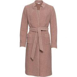 Płaszcz z paskiem, bez podszewki bonprix dymny różowy. Czerwone płaszcze damskie bonprix. Za 269.99 zł.