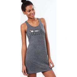 Etam - Koszula nocna. Szare koszule nocne damskie Etam, z nadrukiem, z bawełny. W wyprzedaży za 69.90 zł.