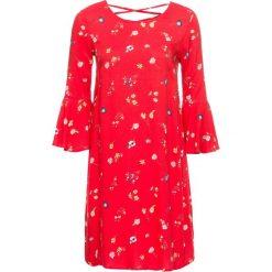 Sukienka z rękawami z wolantem bonprix czerwony w kwiaty. Czerwone sukienki damskie bonprix, w kwiaty, ze sznurowanym dekoltem. Za 109.99 zł.