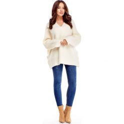 Serek handmade białe (oversize) sweterek