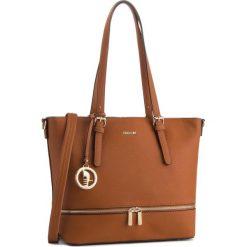 Torebka PUCCINI - BT28588 Brąz 2. Brązowe torebki do ręki damskie Puccini, ze skóry ekologicznej. W wyprzedaży za 209.00 zł.