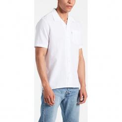"""Koszula """"Hawaiian"""" w kolorze białym. Białe koszule męskie Levi's, z bawełny. W wyprzedaży za 86.95 zł."""