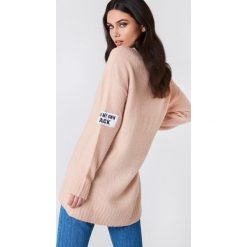 Rut&Circle Sweter Winnie - Pink. Różowe swetry damskie Rut&Circle, z dzianiny. Za 141.95 zł.
