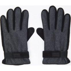 Rękawiczki z naturalną skórą - Szary. Szare rękawiczki męskie Cropp, ze skóry. Za 49.99 zł.