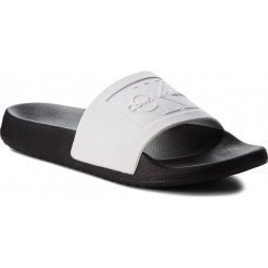 Klapki CALVIN KLEIN JEANS - Christie RE9808 White/Black. Białe klapki damskie Calvin Klein Jeans, z jeansu. Za 309.00 zł.