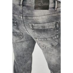 Medicine - Jeansy Basic. Szare jeansy męskie MEDICINE. W wyprzedaży za 69.90 zł.