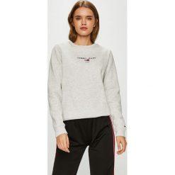 Tommy Jeans - Bluza. Szare bluzy damskie Tommy Jeans, z nadrukiem, z bawełny. Za 299.90 zł.