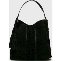 Pieces - Torebka skórzana. Szare torby na ramię damskie Pieces. W wyprzedaży za 339.90 zł.