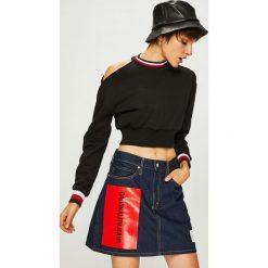 Trendyol - Bluza. Czarne bluzy damskie Trendyol, z bawełny. W wyprzedaży za 59.90 zł.