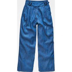 G-Star Raw - Spodnie. Szare spodnie materiałowe damskie G-Star Raw. W wyprzedaży za 479.90 zł.