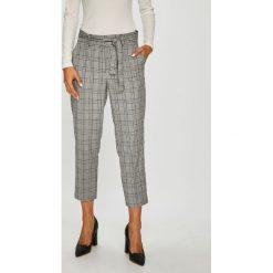 Broadway - Spodnie. Szare spodnie materiałowe damskie Broadway, z haftami, z dzianiny. W wyprzedaży za 199.90 zł.