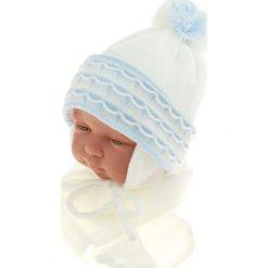 Czapka niemowlęca z szalikiem CZ+S 008A biała. Czapki dla dzieci marki Reserved. Za 36.70 zł.