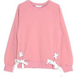 Różowa Bluza Island of Wonder. Czerwone bluzy dla dziewczynek Born2be. Za 54.99 zł.