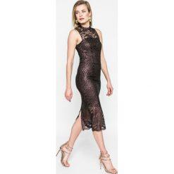Kiss my dress - Sukienka. Szare sukienki damskie Kiss My Dress, z elastanu, eleganckie. W wyprzedaży za 79.90 zł.