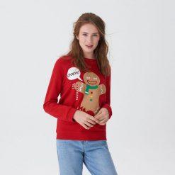 Bluza ze świąteczną aplikacją - Czerwony. Czerwone bluzy damskie House, z aplikacjami. Za 69.99 zł.