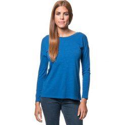 Koszulka w kolorze niebieskim. Bluzki damskie Benetton, z bawełny, z okrągłym kołnierzem, z długim rękawem. W wyprzedaży za 43.95 zł.