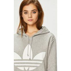 Adidas Originals - Bluza. Szare bluzy damskie adidas Originals, z nadrukiem, z bawełny. Za 329.90 zł.