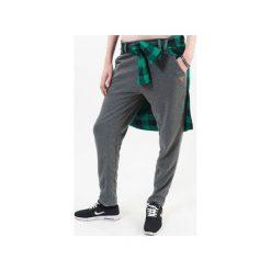 GREY BASIC SWEATPANTS. Szare spodnie dresowe damskie Noona banks, z dresówki. Za 189.00 zł.