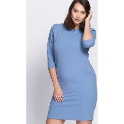 Niebieska Sukienka As Time Goes By. Niebieskie sukienki damskie Born2be. Za 69.99 zł.