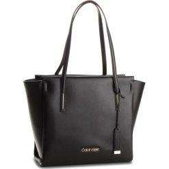 Torebka CALVIN KLEIN - Frame Large Shopper K60K604371  001. Czarne torebki shopper damskie Calvin Klein, ze skóry ekologicznej. Za 649.00 zł.