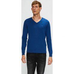 Tom Tailor Denim - Sweter. Niebieskie swetry przez głowę męskie Tom Tailor Denim, z bawełny, z okrągłym kołnierzem. W wyprzedaży za 89.90 zł.