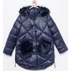 Pikowana ocieplana kurtka - Granatowy. Kurtki i płaszcze dla dziewczynek marki Giacomo Conti. W wyprzedaży za 99.99 zł.