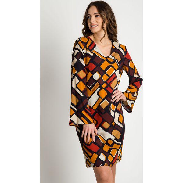 4b4f38f26c77 Prosta sukienka z długimi rękawami i dekoltem w serek BIALCON ...