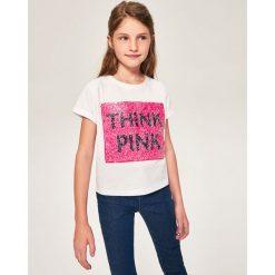 T-shirt z dwustronnymi cekinami różowa pantera - Biały. T-shirty damskie marki bonprix. W wyprzedaży za 14.99 zł.