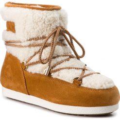 Śniegowce MOON BOOT - Far Side Low Shearl. 24200800002 Whisky. Brązowe kozaki damskie Moon Boot, z materiału. Za 999.00 zł.