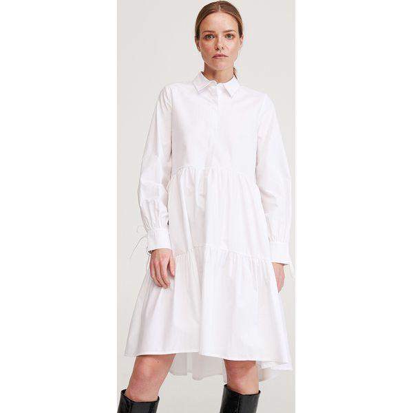 Sukienka z kołnierzykiem Biały