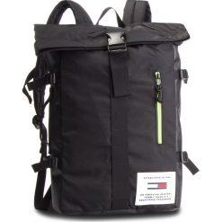 Plecak TOMMY JEANS - Tjm Cool Tech Roll Backpack AM0AM04321 002. Czarne plecaki damskie Tommy Jeans, z jeansu. Za 549.00 zł.