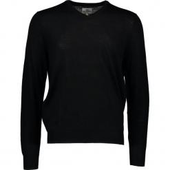 Sweter w kolorze czarnym. Czarne swetry przez głowę męskie Ben Sherman, z wełny. W wyprzedaży za 195.95 zł.