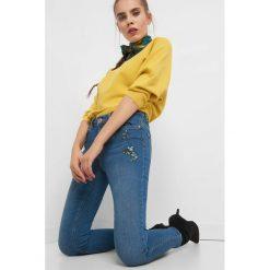 Jeansy skinny z haftem. Niebieskie jeansy damskie Orsay. Za 139.99 zł.