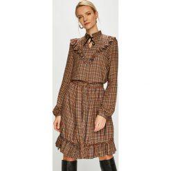 Liu Jo - Sukienka. Brązowe sukienki damskie Liu Jo, w paski, z materiału, casualowe, z długim rękawem. Za 899.90 zł.