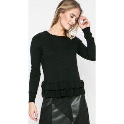 Vila - Sweter Vicka. Czarne swetry damskie Vila, z bawełny, z okrągłym kołnierzem. W wyprzedaży za 69.90 zł.