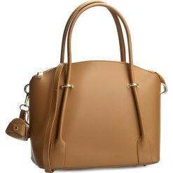 Torebka CREOLE - RBI10167 Jasny Brąz. Brązowe torebki do ręki damskie Creole, ze skóry. W wyprzedaży za 219.00 zł.