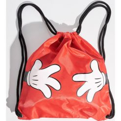 Plecak worek Mickey Mouse - Czerwony. Czerwone plecaki damskie Sinsay, z motywem z bajki. W wyprzedaży za 29.99 zł.