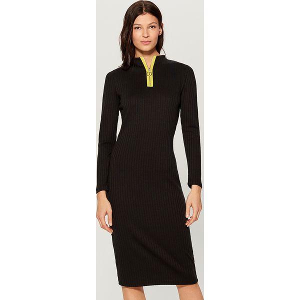 e2f096d2cd Dopasowana sukienka z prążkowanej dzianiny - Czarny - Sukienki ...