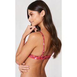 NA-KD Swimwear Góra bikini Rose - Multicolor. Czerwone bikini damskie NA-KD Swimwear. Za 19.95 zł.