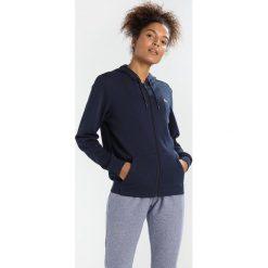 Lacoste Sport WOMEN TENNIS Bluza rozpinana navy blue/apricot. Bluzy sportowe damskie Lacoste Sport, z bawełny. Za 409.00 zł.