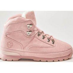 Skórzane buty trekkingowe - Różowy. Czerwone trekkingi damskie House. W wyprzedaży za 189.99 zł.
