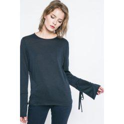 Tommy Hilfiger - Bluzka Annie. Szare bluzki damskie Tommy Hilfiger, z bawełny, casualowe, z okrągłym kołnierzem. W wyprzedaży za 179.90 zł.